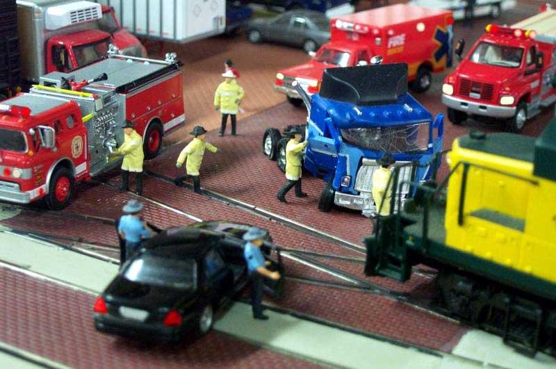 GMC Astro Truck Crash Diorama