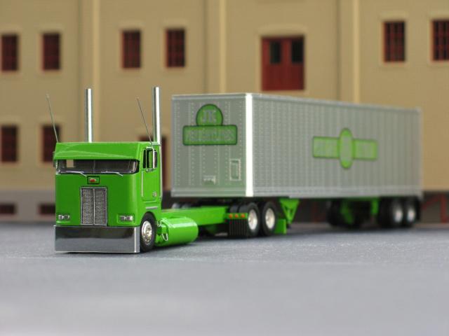 Peterbilt 362 Truck Tractor
