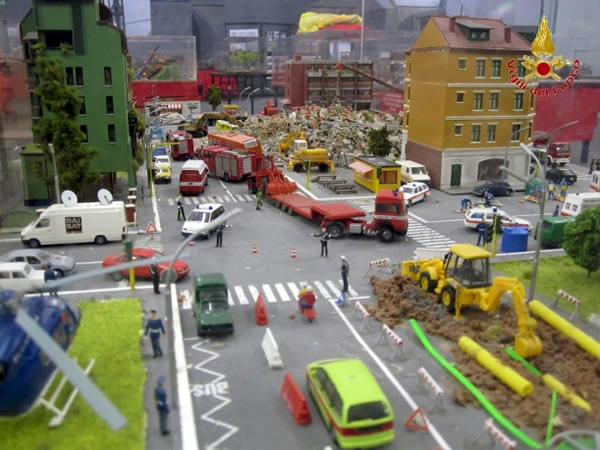 italian road repair diorama. Black Bedroom Furniture Sets. Home Design Ideas