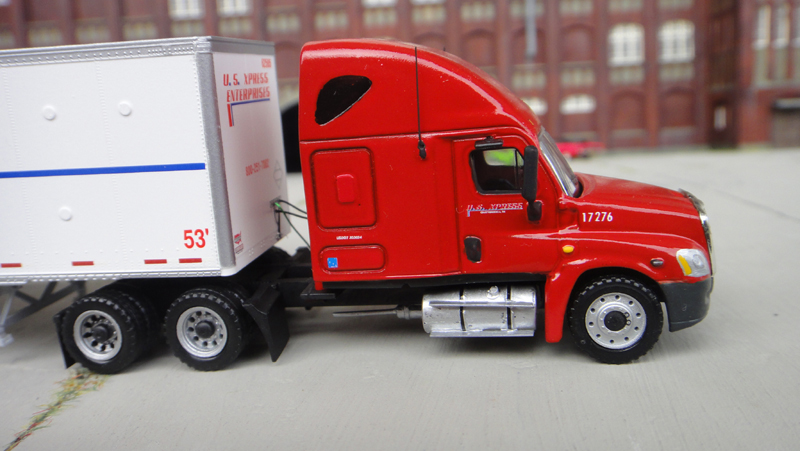 Freightliner Columbia Toy Trucks – Wow Blog