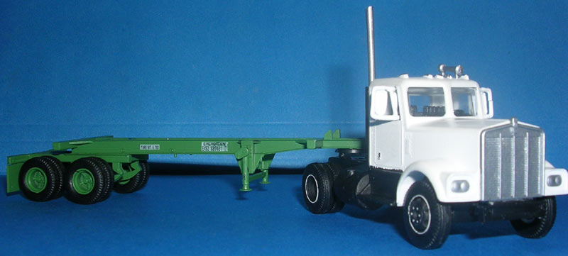Kenworth W900 Truck Tractor & 20' Container Chassis