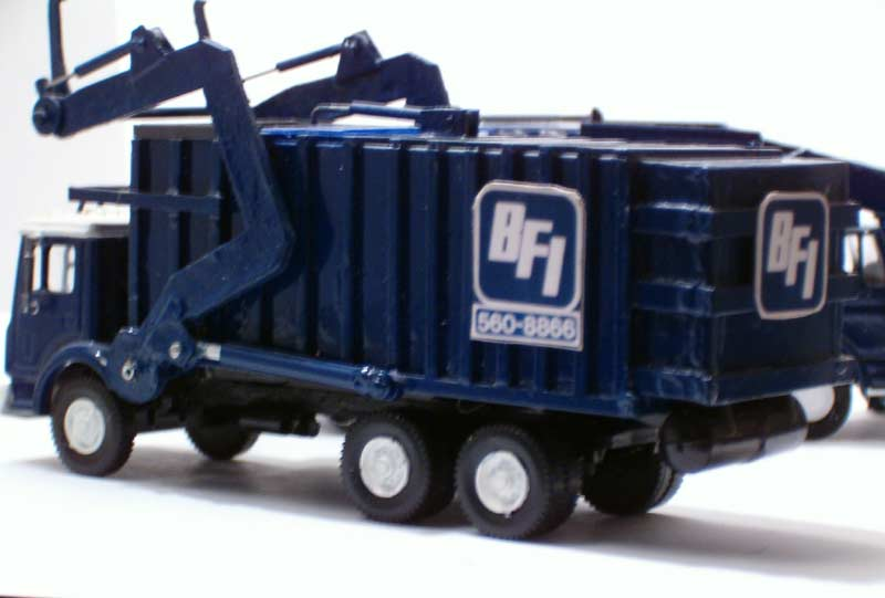 Bfi mack mr front loading garbage truck for Wrap master model 1500