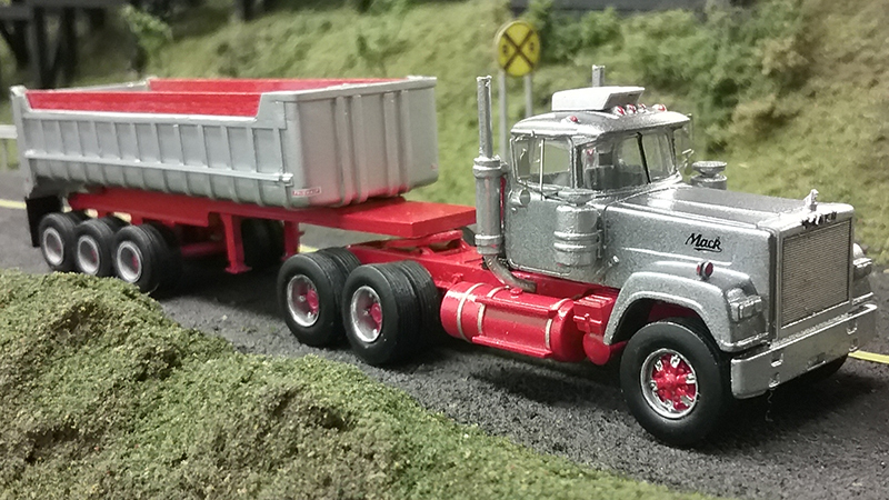 Mack Tri Axle Tractors : Mack superliner truck tractor tri axle dump trailer by