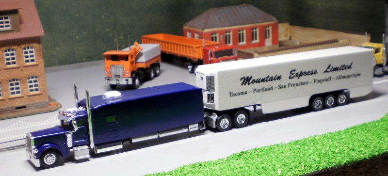 Peterbilt 389 Large Car Truck Tractor